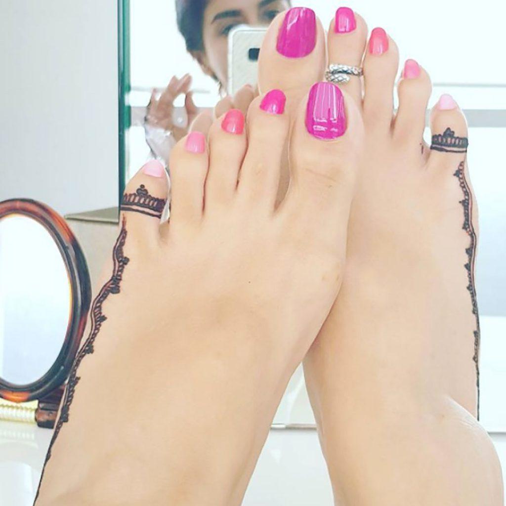 beautiful pakistani feet