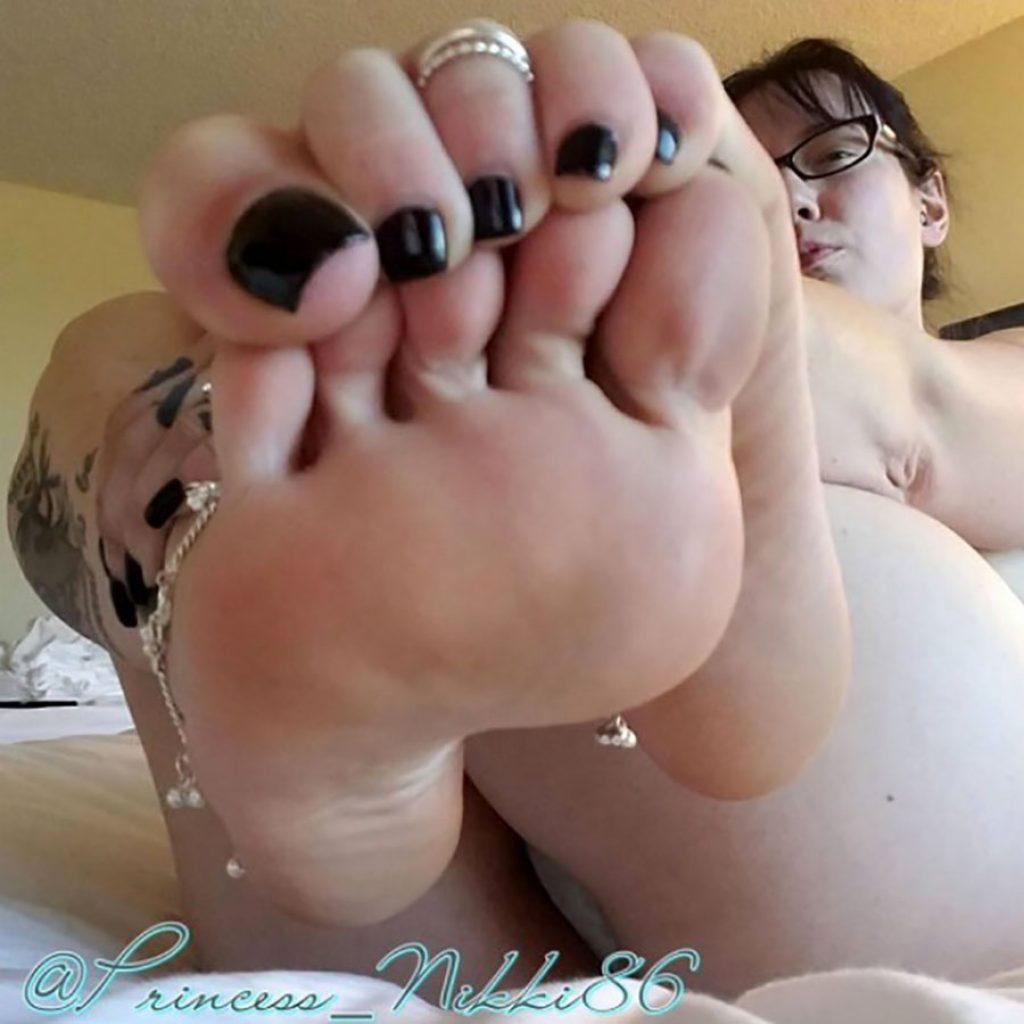 princess nikki's feet